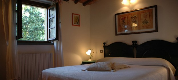 Prices rooms of The Sasso Farmhouse in Tuscany