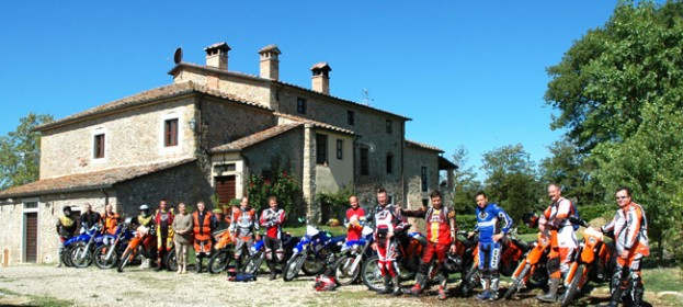 Motorbikes and Rally in Tuscany: paths for bikers along medieval villages and tuscan hills, enduro trails in the Apennines mountains