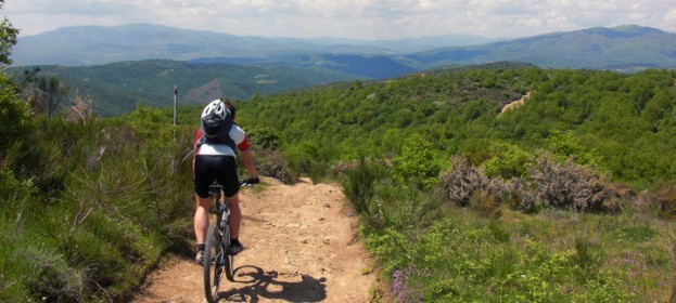 Trekking e Mountain Bike in Valtiberina: vacanza sportiva in Toscana