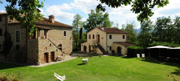 Prices apartments of The Sasso Farmhouse in Tuscany